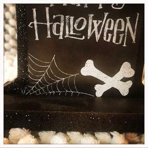 Ashland Holiday - Halloween Decor